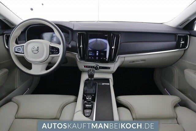 Volvo V90 Cross Country 2018 pred odhodom 8